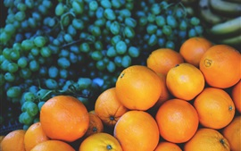 Oranges and grapes, blurry