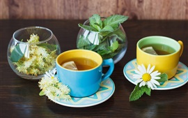 Preview wallpaper Two cups of chrysanthemum tea