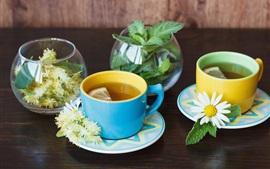 Aperçu fond d'écran Deux tasses de thé de chrysanthème