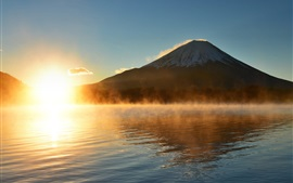 Preview wallpaper Fuji Mount, Japan, sun, water, morning, fog