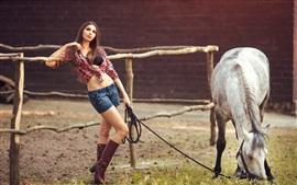 Aperçu fond d'écran Fille et cheval, robe d'été