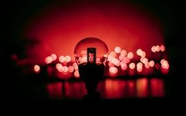 Lámpara, fondo rojo