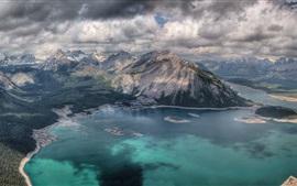 Montagnes, nuages, lac, paysage naturel