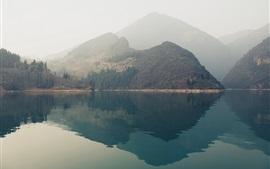 壁紙のプレビュー 山、湖、水の反射、霧、朝