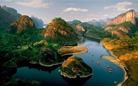 Montañas, río, islas, barcos, hermoso paisaje