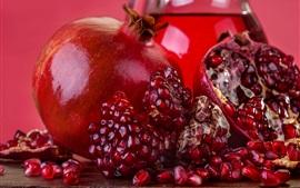 Romã, fruta madura