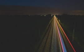 Ferrocarril en la noche, luces