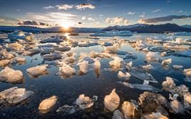 Preview wallpaper Sea, ice, sunrise, morning