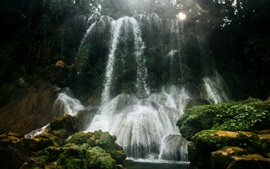 Водопады, камни, мох, туман, утро