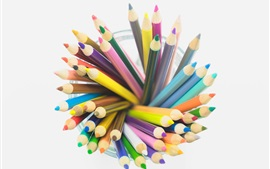 Aperçu fond d'écran Crayons colorés, tasse, fond blanc