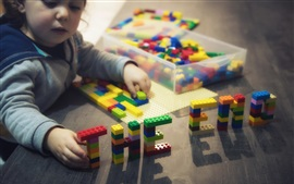 Preview wallpaper Cute child play toy bricks