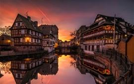 Франция, Страсбург, река, дома, свет, вечер