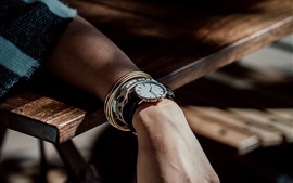 Preview wallpaper Hand, watches, light