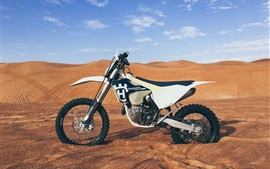 Preview wallpaper Husqvarna motorcycle, desert