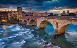 Preview wallpaper Italy, Verona, river, bridge, houses, clouds, dusk