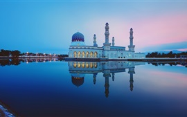Preview wallpaper Malaysia, Kota Kinabalu city Mosque, water reflection, lake, night