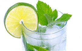 Mojito, lemon slice, drink, mint, ice, lemonade