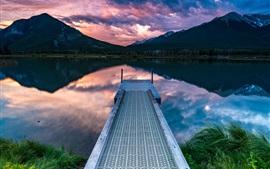 Muelle, montañas, nubes, lago, atardecer