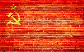 Preview wallpaper Red bricks wall, hammer and sickle