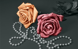Preview wallpaper Two roses, beads, decoration