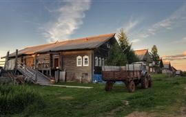 Arkhangelsk oblast, vila, casas, trator, grama, Rússia