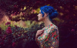 Blue hair girl, flowers