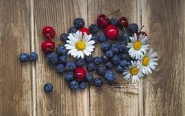 Preview wallpaper Blueberries, chamomile, cherries, wood background