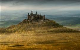 Castillo Hohenzollern, Alemania, árboles, otoño, niebla, mañana
