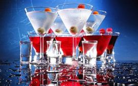 Bebidas, vasos de vidrio, agua