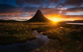 Islândia, grama, montanha, noite, pôr do sol
