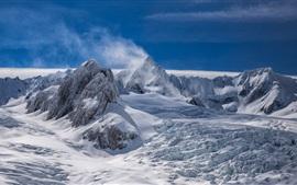 Новая Зеландия, пики, белый снег, горы, облака, зима