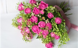 Preview wallpaper Pink roses, bouquet, green leaves