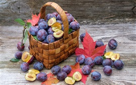 Preview wallpaper Plums, basket, ripe fruits