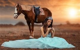 Vorschau des Hintergrundbilder Prinzessin, hellblauer Rock, Pferd, Sonne