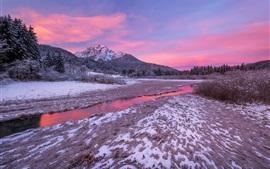 Eslovênia, Alpes Julianos, rio, neve, inverno