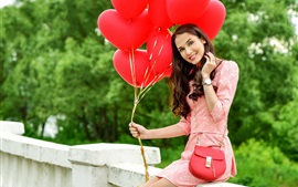 Preview wallpaper Smile girl and red balloons
