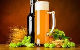 Aperçu fond d'écran Bouteille, houblon, bière, tasse