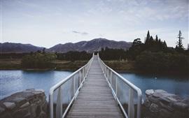 Puente, río, montaña, árboles