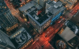 Vista superior de la ciudad, noche, camino, edificios, automóviles