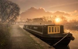 England, river, boat, morning, fog