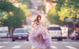 Preview wallpaper Fashion little girl, beautiful skirt, road, cars