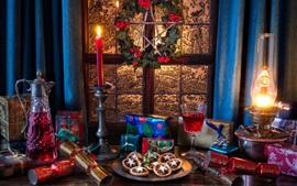 Regalos, ventana, vino, velas, galletas, luces, Año Nuevo