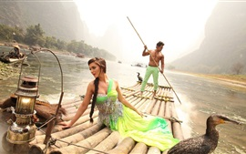Preview wallpaper Indian movie, Amy Jackson, Vikram, river, bamboo raft