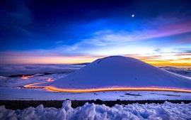 Montaña de la nieve, invierno, camino, luz, cielo, luna, noche
