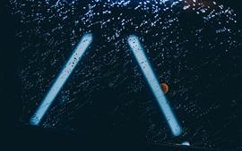 Gotas de agua, lluvia, vidrio, luz