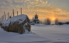 Preview wallpaper Arkhangelsk oblast, Russian, church, village, snow, trees, sunset