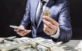 Биткойн, доллары США, деньги