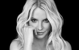 Britney Spears 25