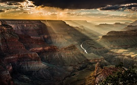 Preview wallpaper Canyon, sky, clouds, dusk, sun rays, USA
