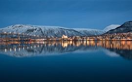City Night, Pier, Lichter, Meer, Berge